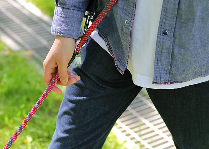【中・大型犬用リード】フリースタイル丸リード 3つのスタイルで使用が可能 使用例の写真